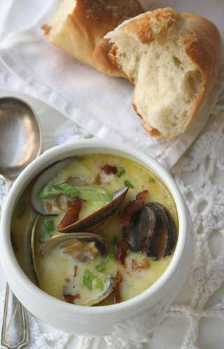 Clam chowder, new england style (more or less)